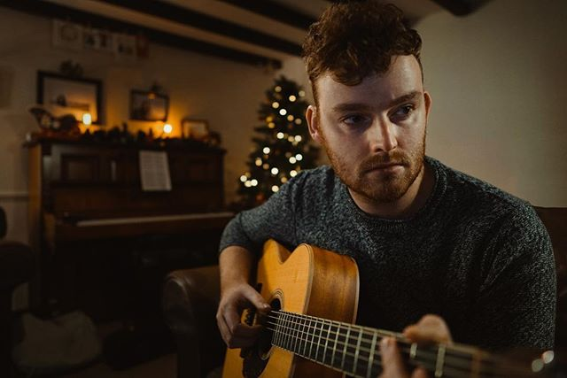 It's been such a great festive period and I'd like to say thank you to anyone who came to any of my gigs recently! It's been really nice to spend some great time with family and play some fun gigs. 2018 has been a busy year and it's made me really excited for what 2019 has in store.  I'm now taking bookings for 2019 for events, parties, weddings, bars, restaurants etc. So if you've got any dates in mind, or you know someone who is in need of some live music, please do get in touch!  I hope you have a great new year, and I'll see you in 2019!
