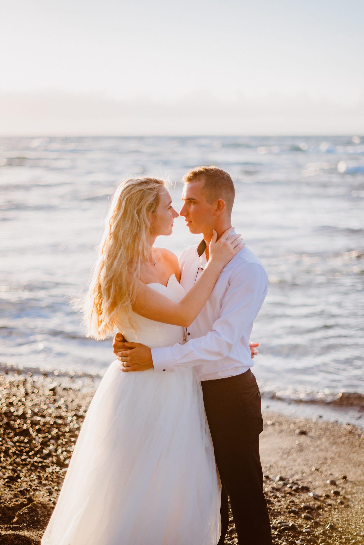 Big-Island-Elopement-Private-Wedding-Hawaii-Beach-08.jpg