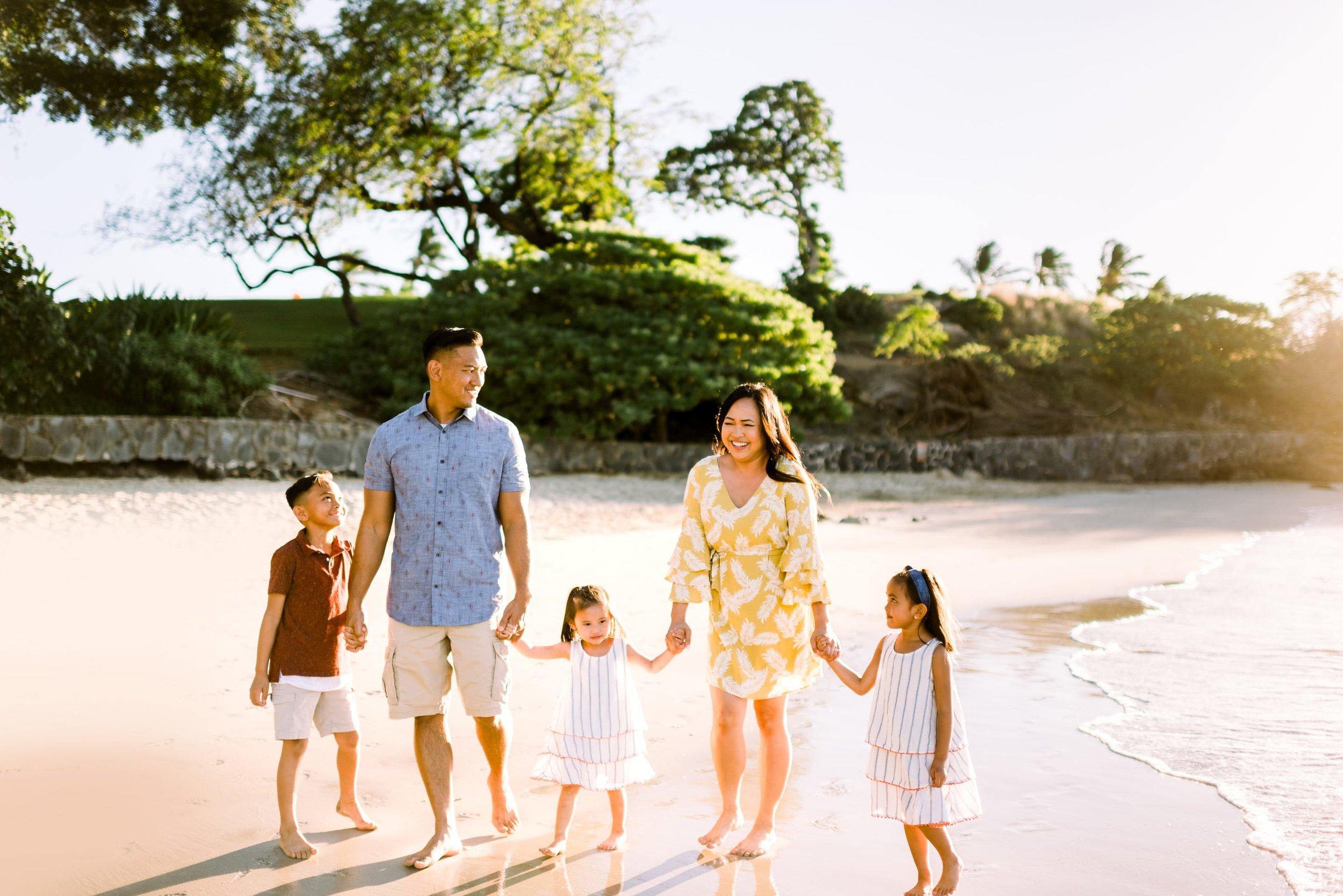 Mauna-Kea-Family-Photographer-Hawaii-Sunset-3.jpg