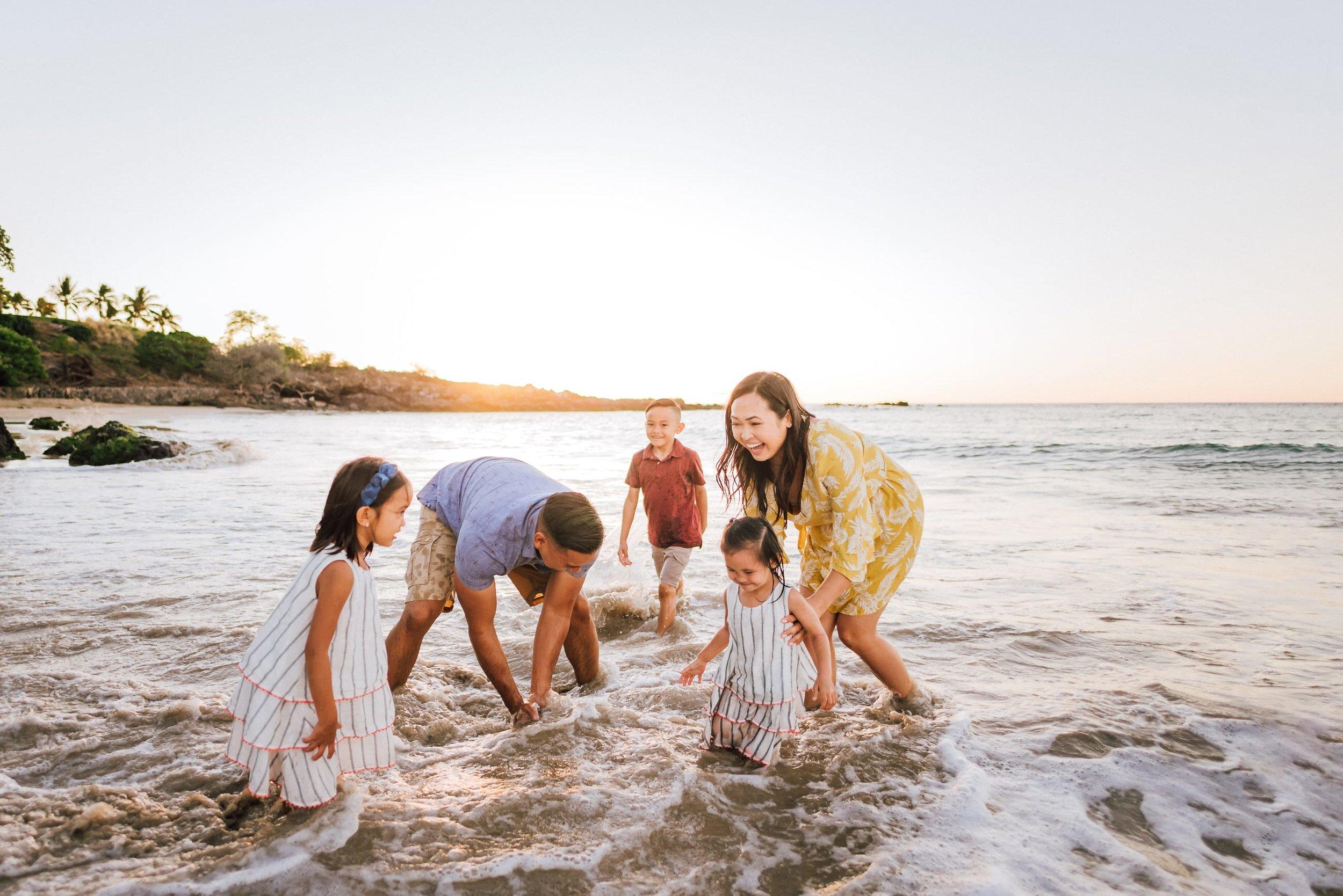 Mauna-Kea-Family-Photographer-Hawaii-Sunset-22.jpg