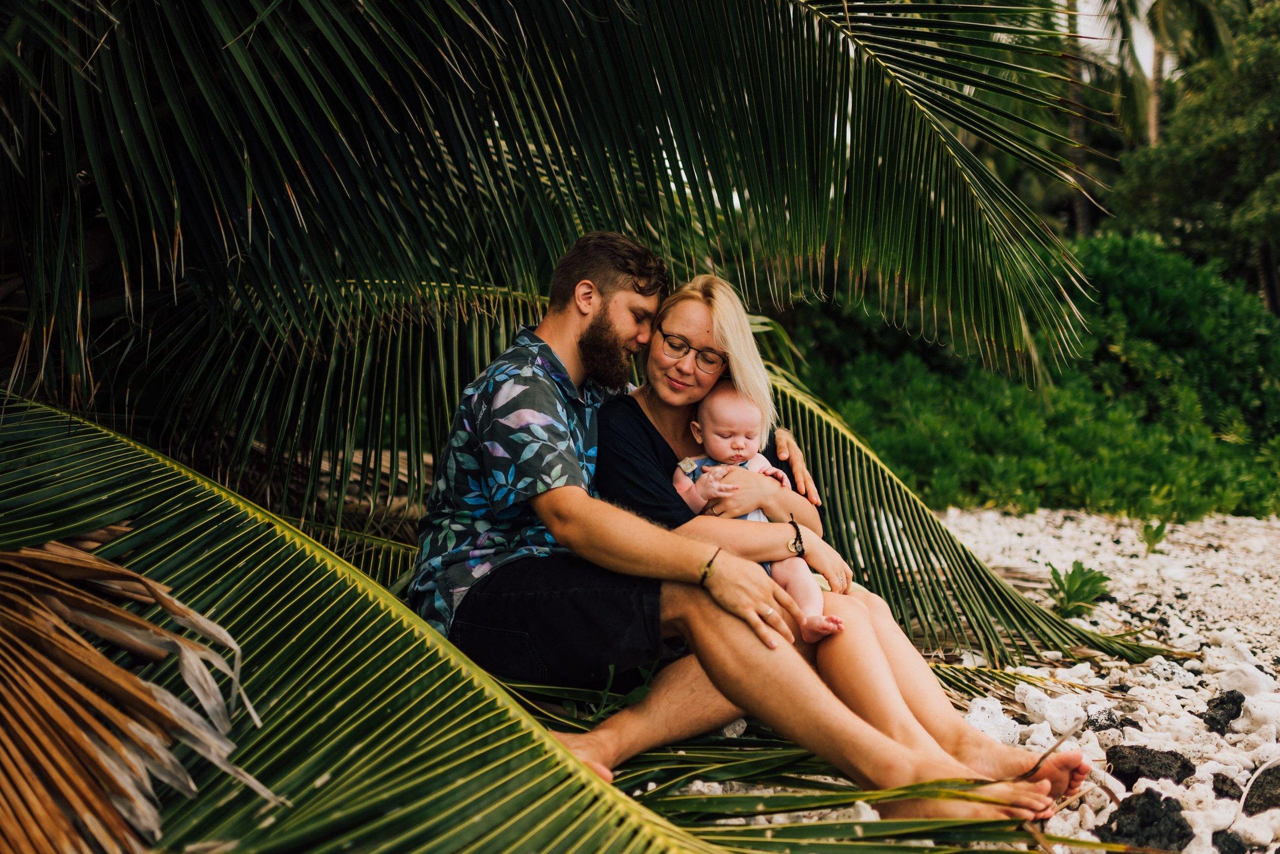 Hawaii-Family-Photographer-8.jpg