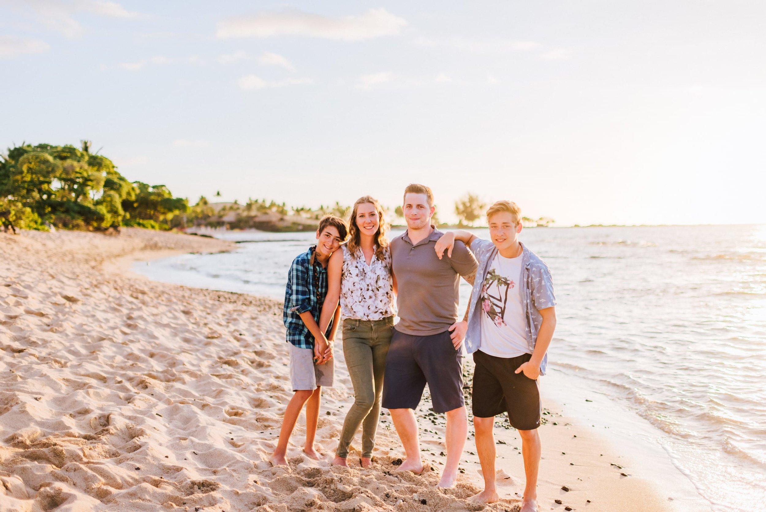 Hawaii-Family-Photos-Beach-Waikoloa-16.jpg