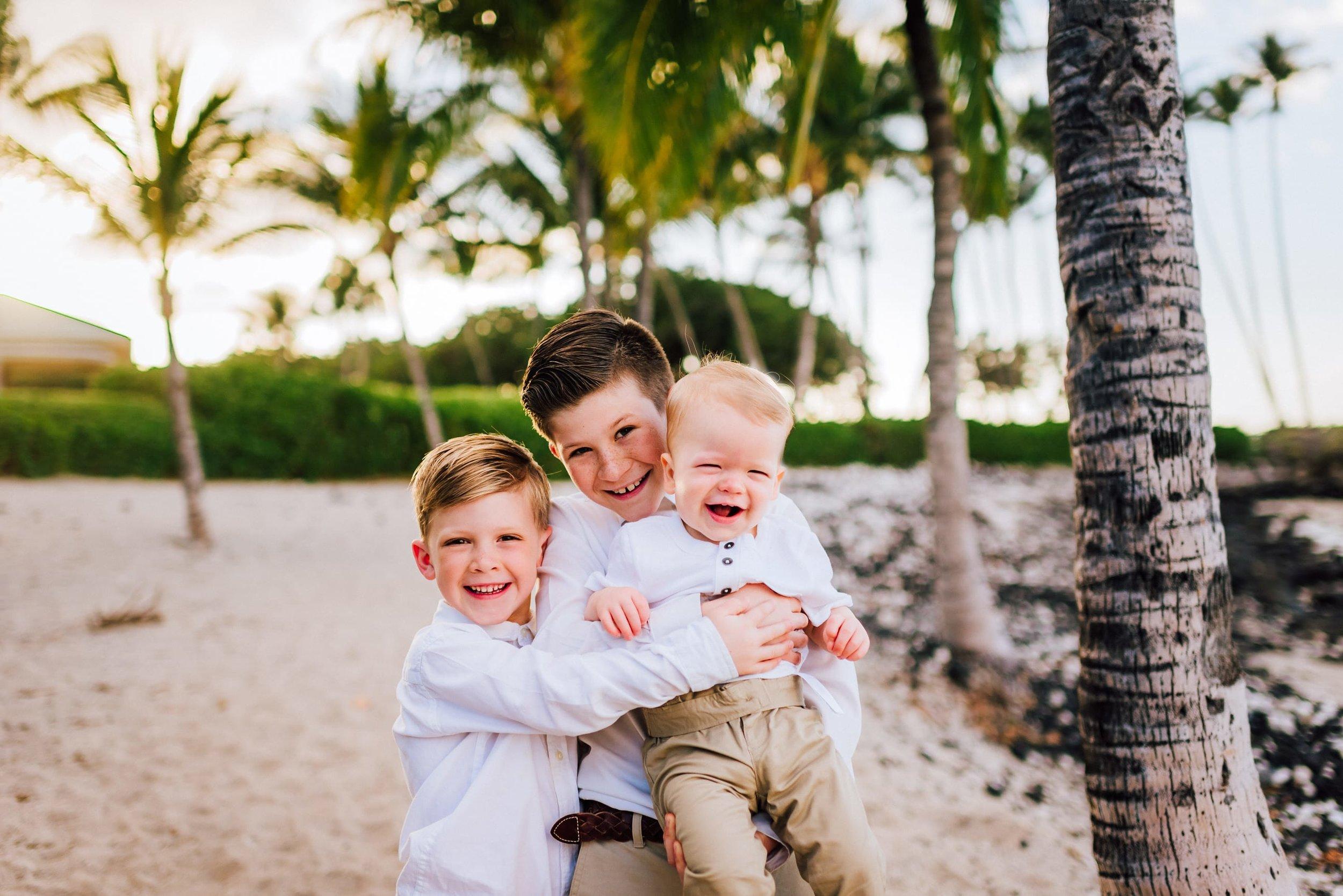 Hawaii-Family-Photos-Beach-Waikoloa-4.jpg
