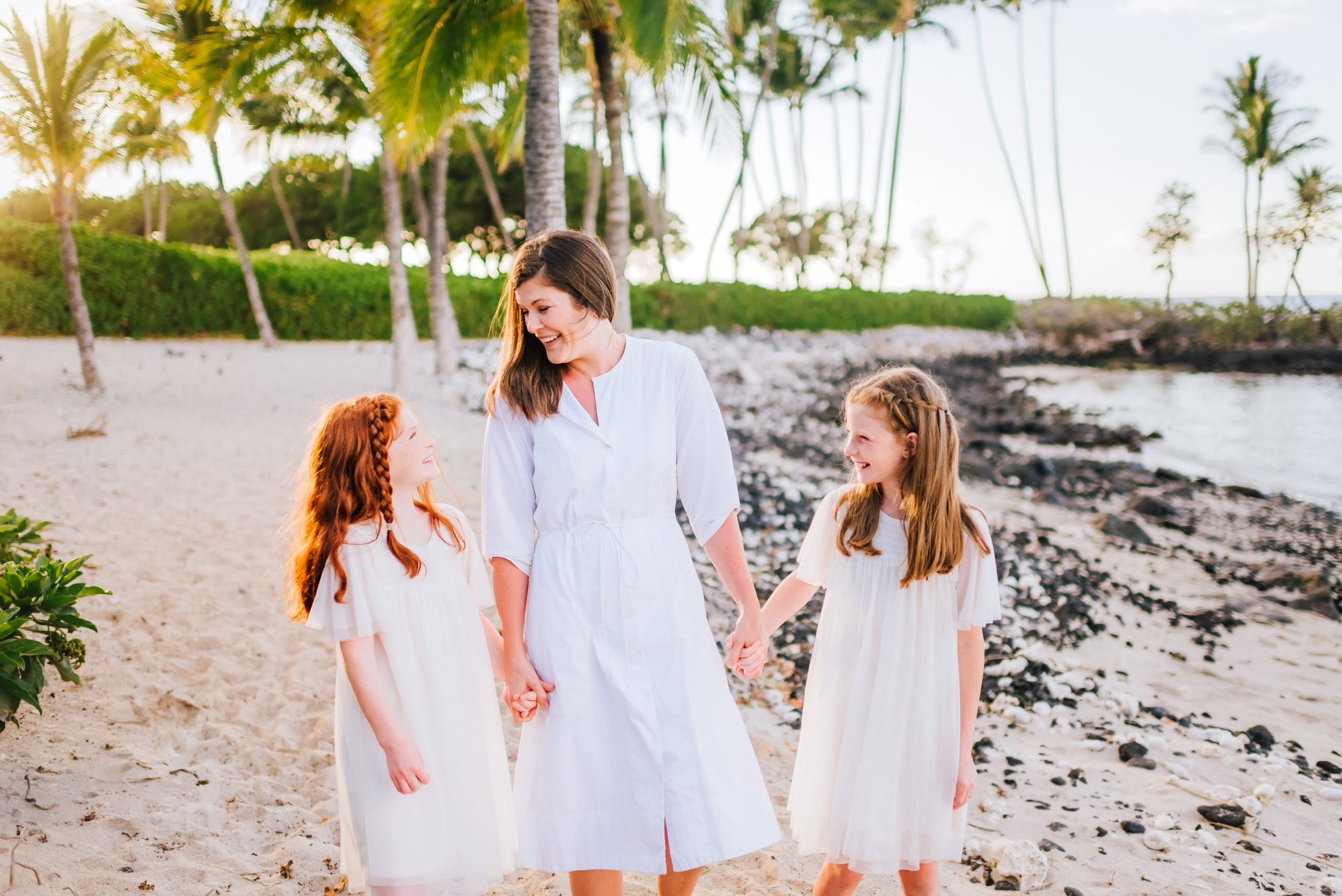 Hawaii-Family-Photographer-Waikoloa-Fairmont-Hualalai-Mauna-Kea-11.jpg