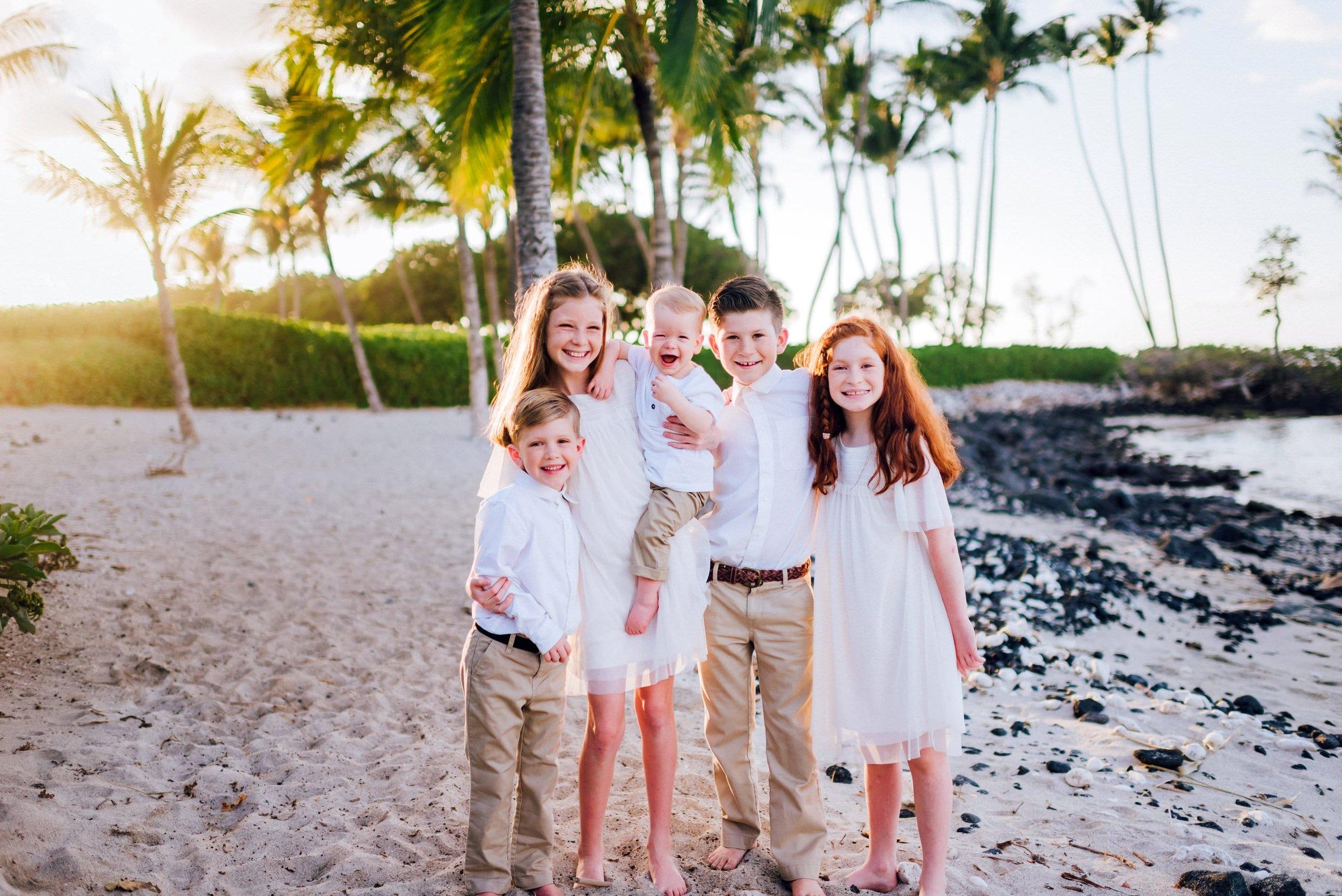 Hawaii-Family-Photographer-Waikoloa-Fairmont-Hualalai-Mauna-Kea-15.jpg