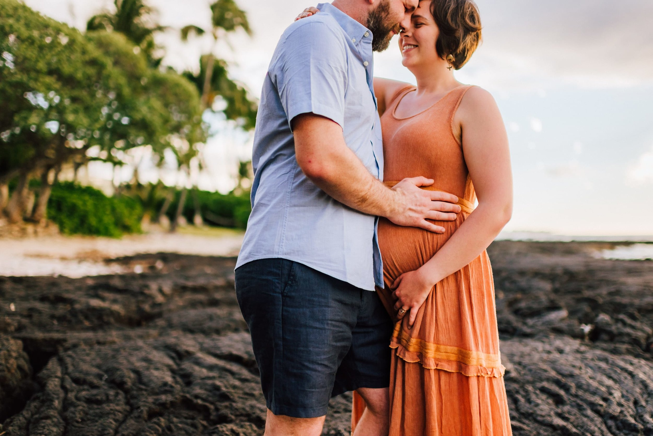 Big-Island-Photographer-Maternity-Babymoon-Hawaii-8.jpg