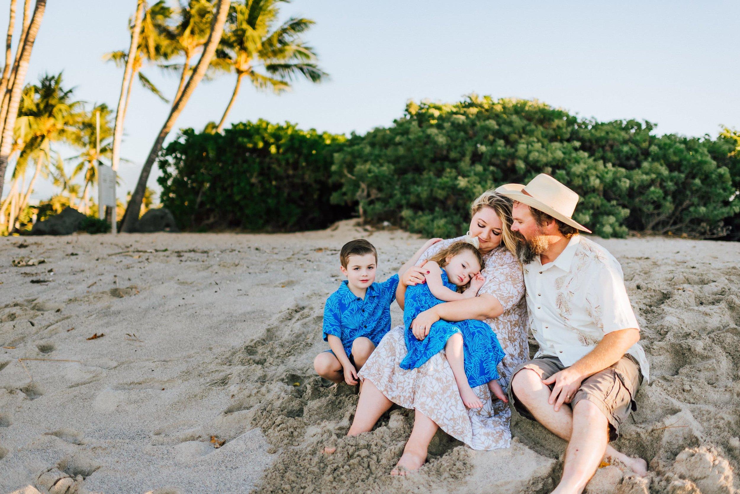 Hawaii-Family-Photographer-12.jpg