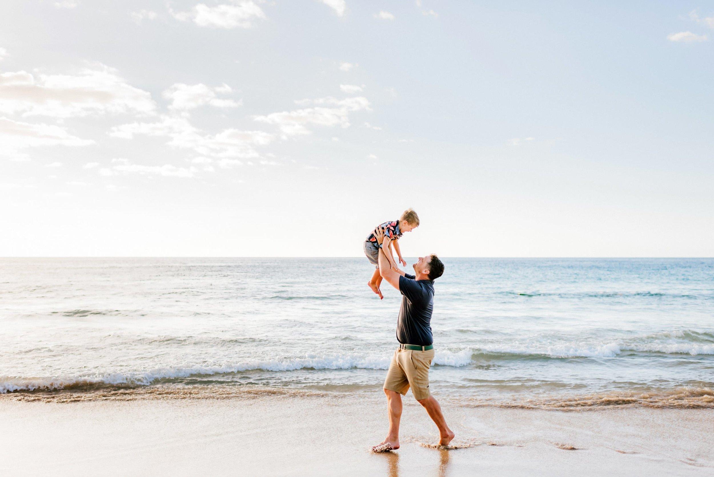 Hawaii-Family-Photographer-Hapuna-Beach-8.jpg