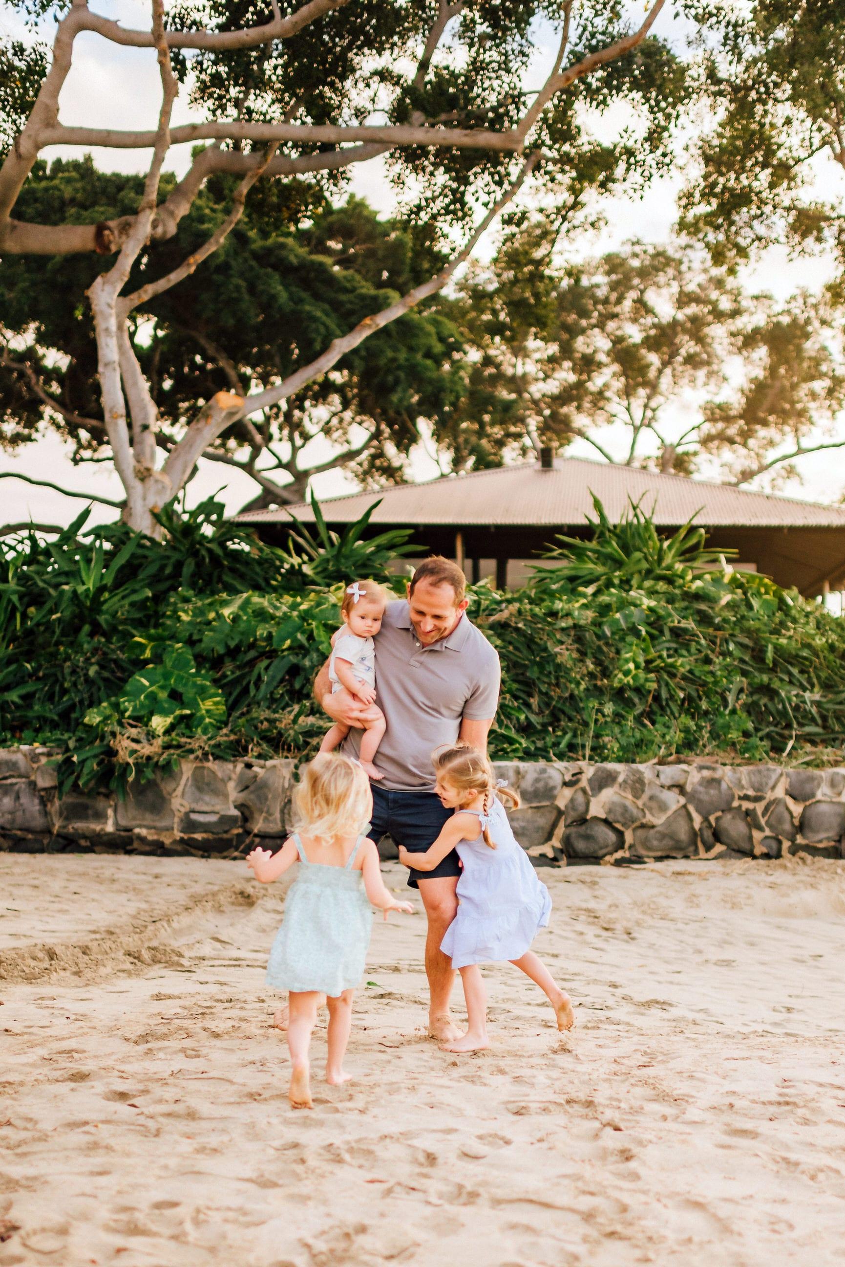 Family-Pictures-Hawaii-Mauna-Kea-Beach-11.jpg
