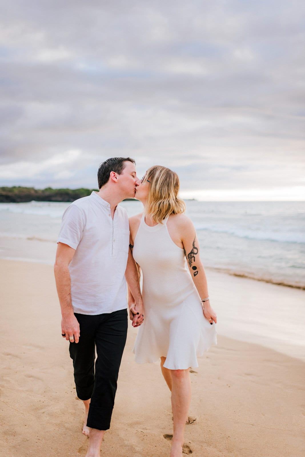 Hawaii-Family-Photographer-Hapuna-Beach-10.jpg