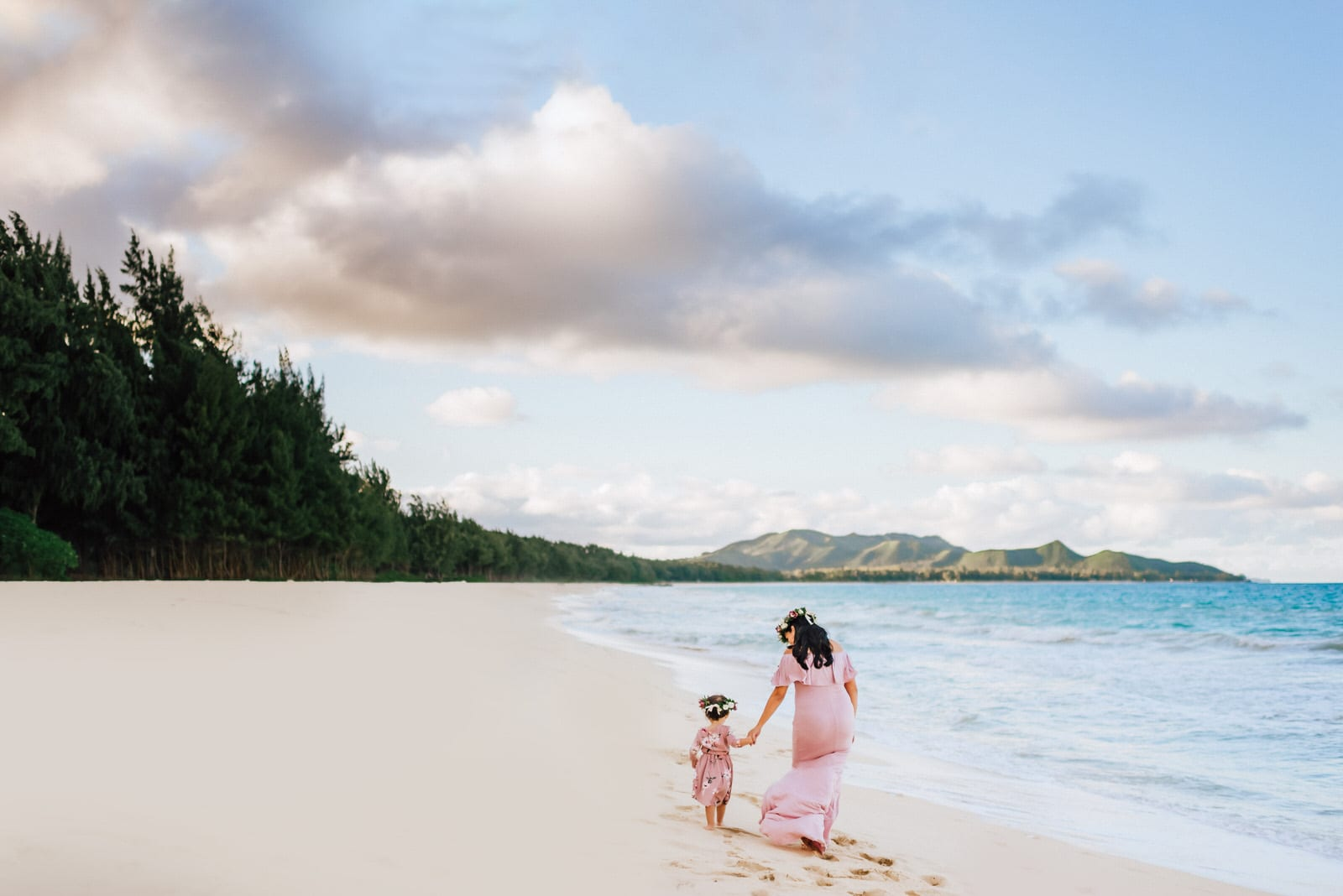 Oahu-Maternity-Photographer-Love-Haku-Flower-Crown-Water-3.jpg