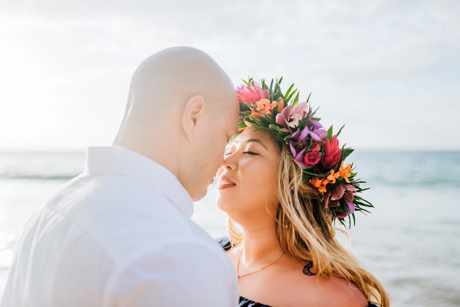 beach-family-photos-hawaii-flower-crown-5.jpg