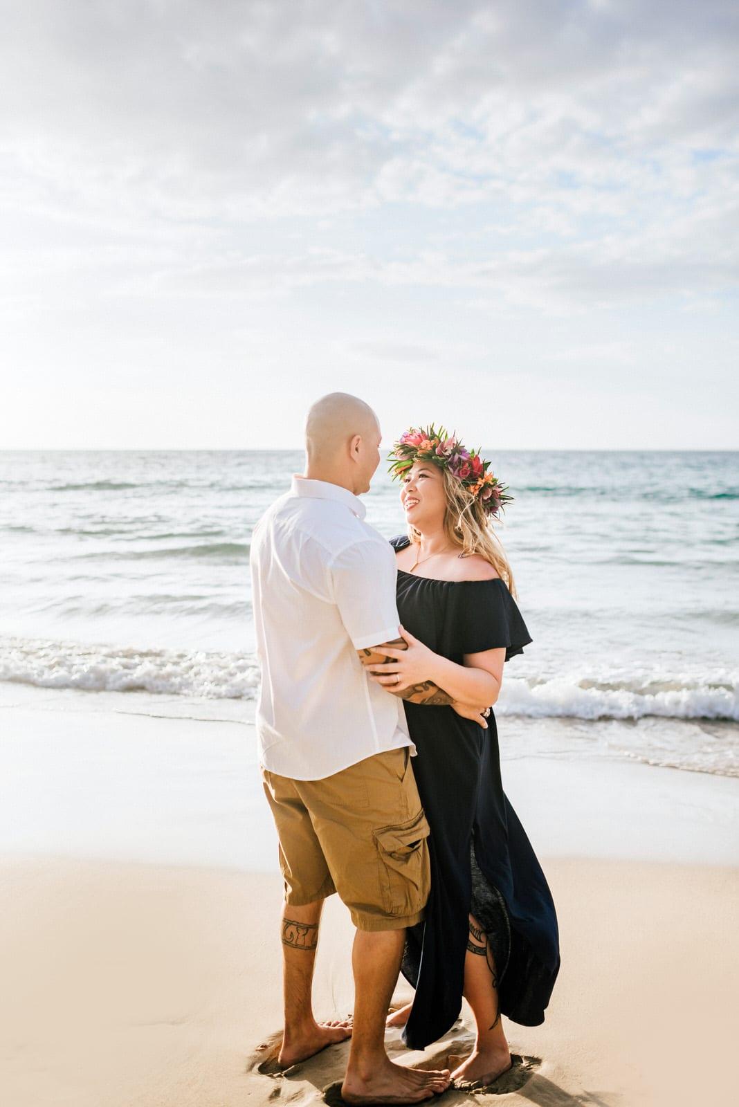 beach-family-photos-hawaii-flower-crown-7.jpg