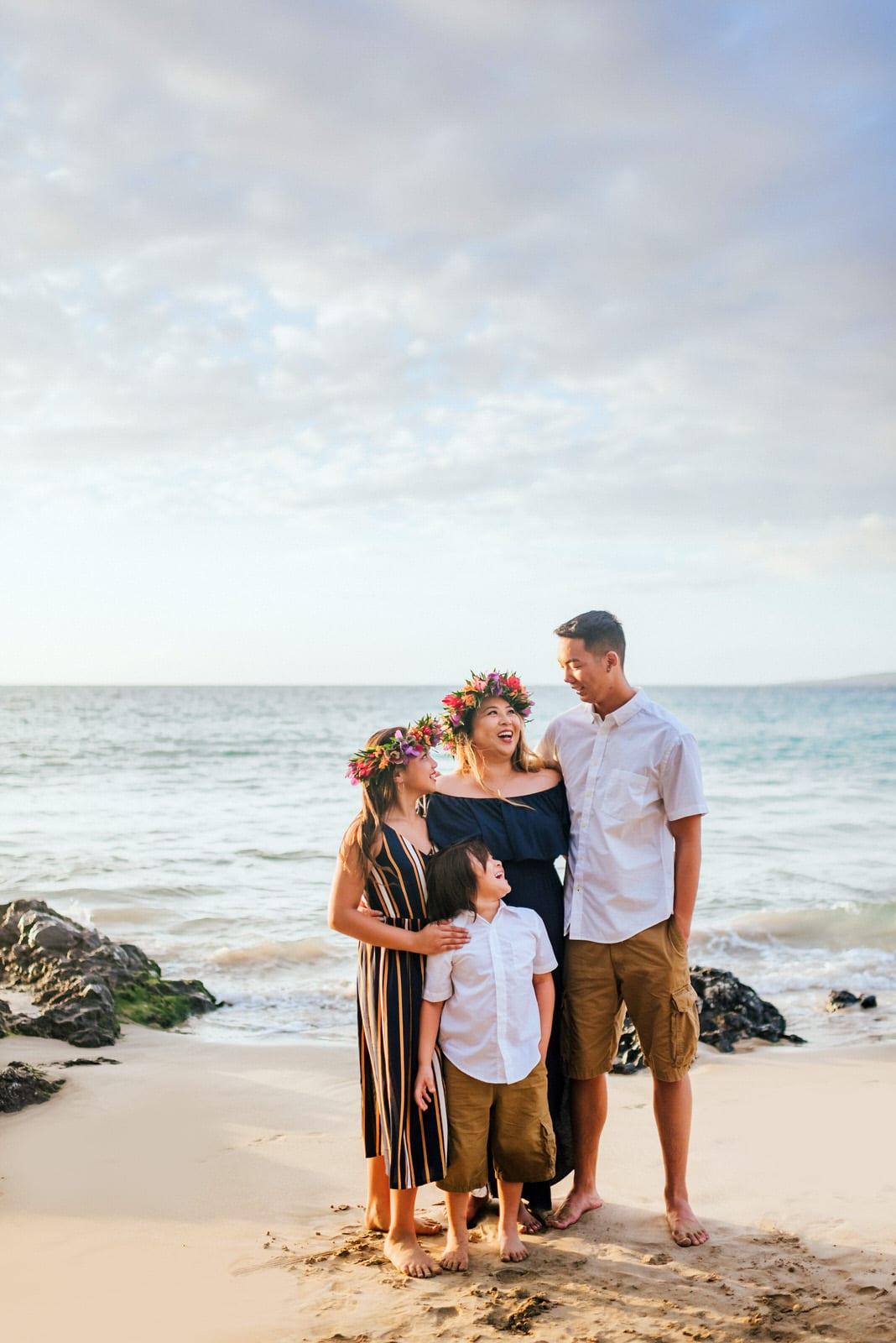 Family-Pictures-Hawaii-Mauna-Kea-Beach-10.jpg