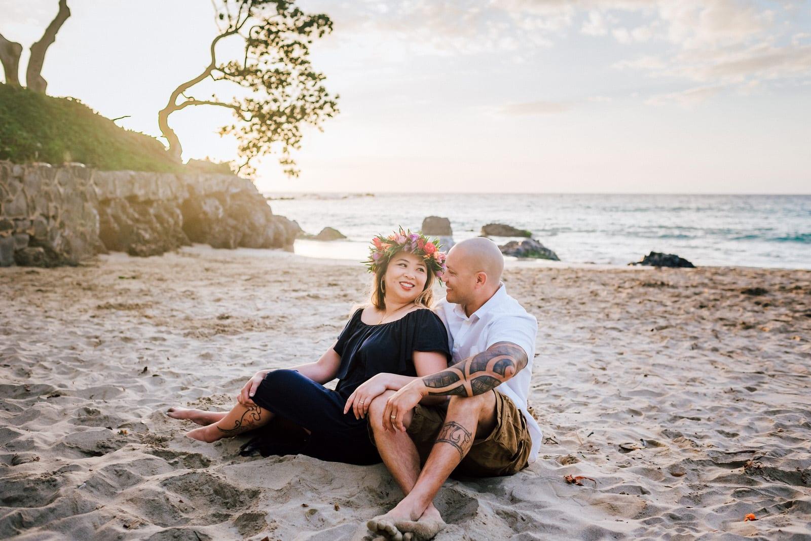 beach-family-photos-hawaii-flower-crown-21.jpg