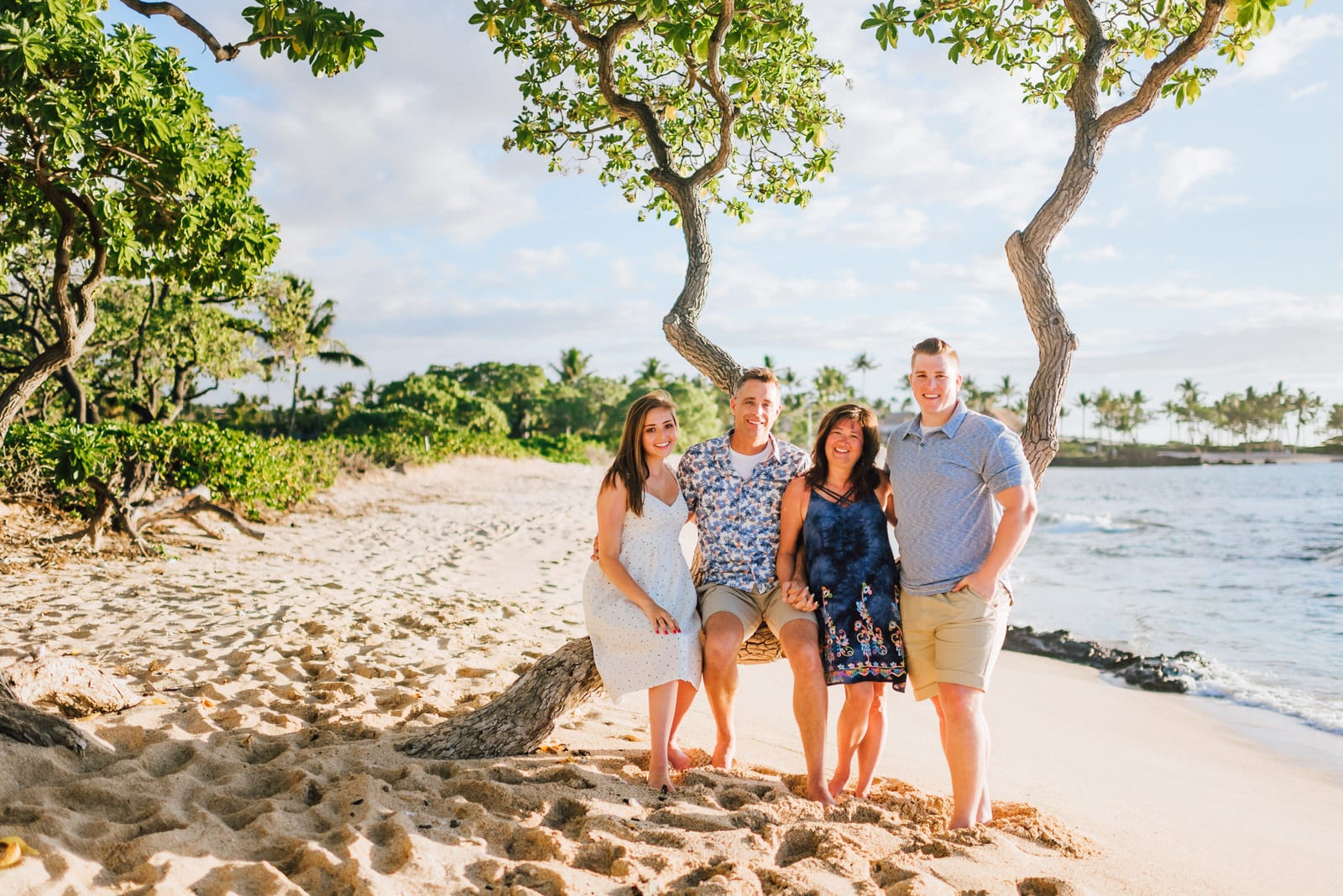 Four-Seasons-Family-Photographer-Kona-Hawaii-9.jpg
