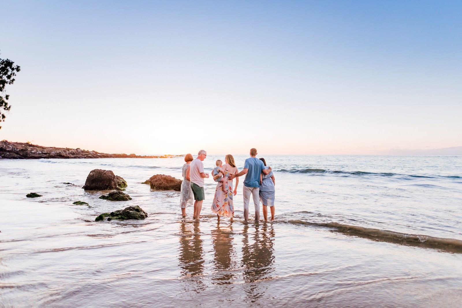 beach-family-photos-hawaii-flower-crown-13.jpg