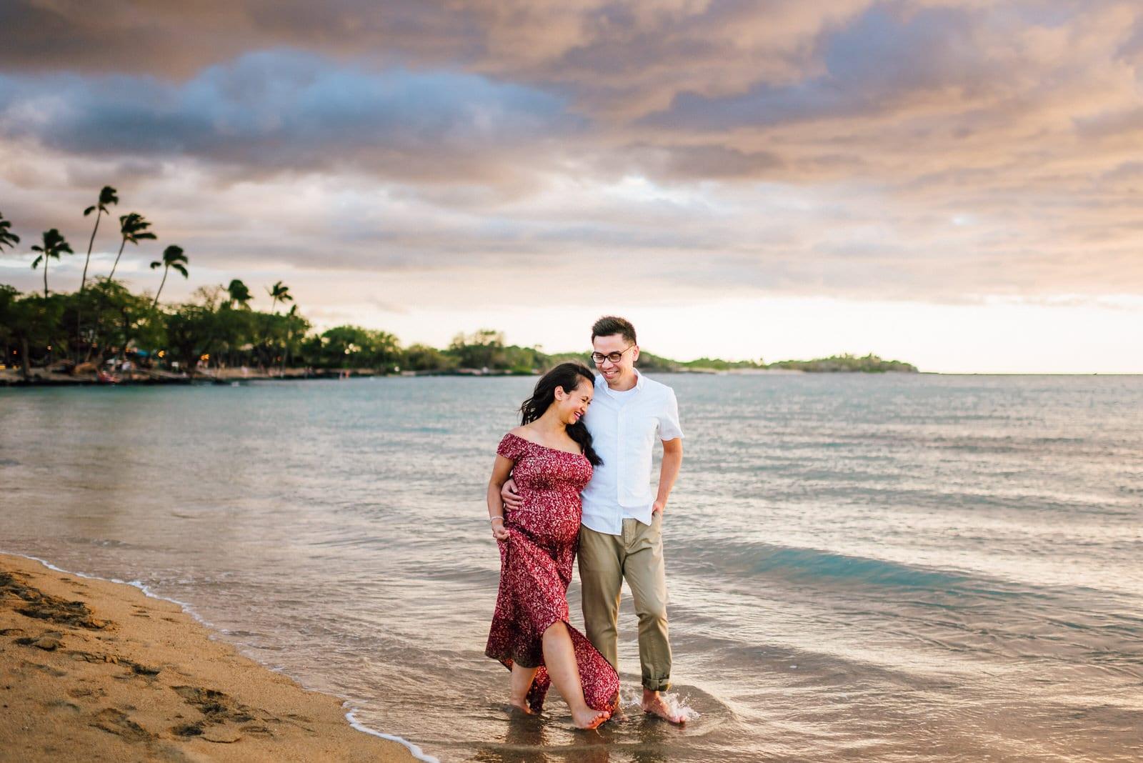 hawaii-babymoon-sunset-photographer-11.jpg