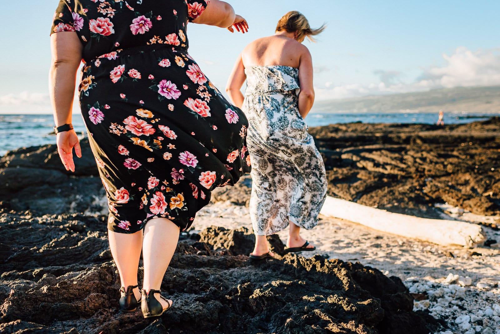 kona-photographer-babymoon-hawaii-lava-rocks-4.jpg