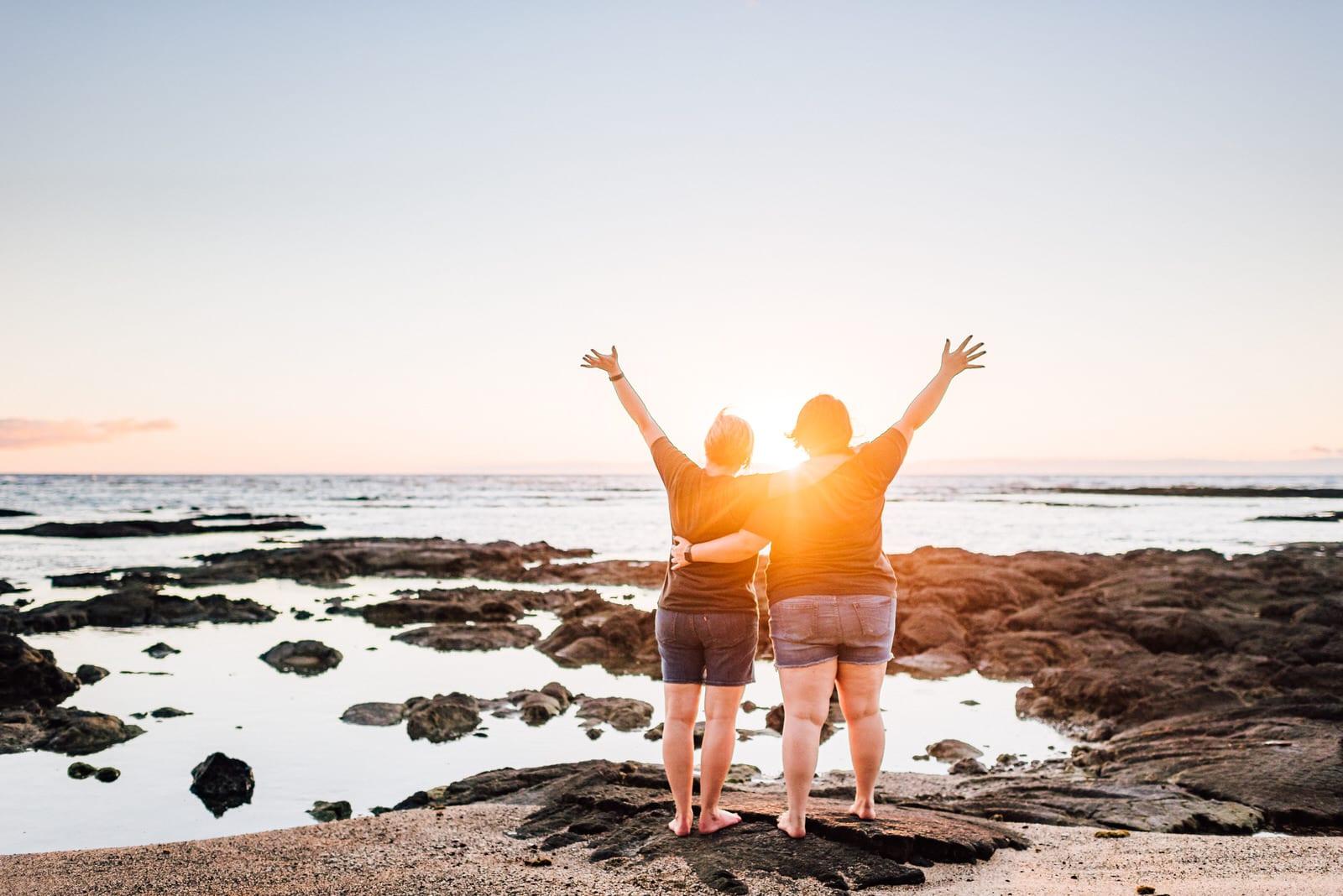 hawaii-family-photographer-beach-lava-rock-21.jpg