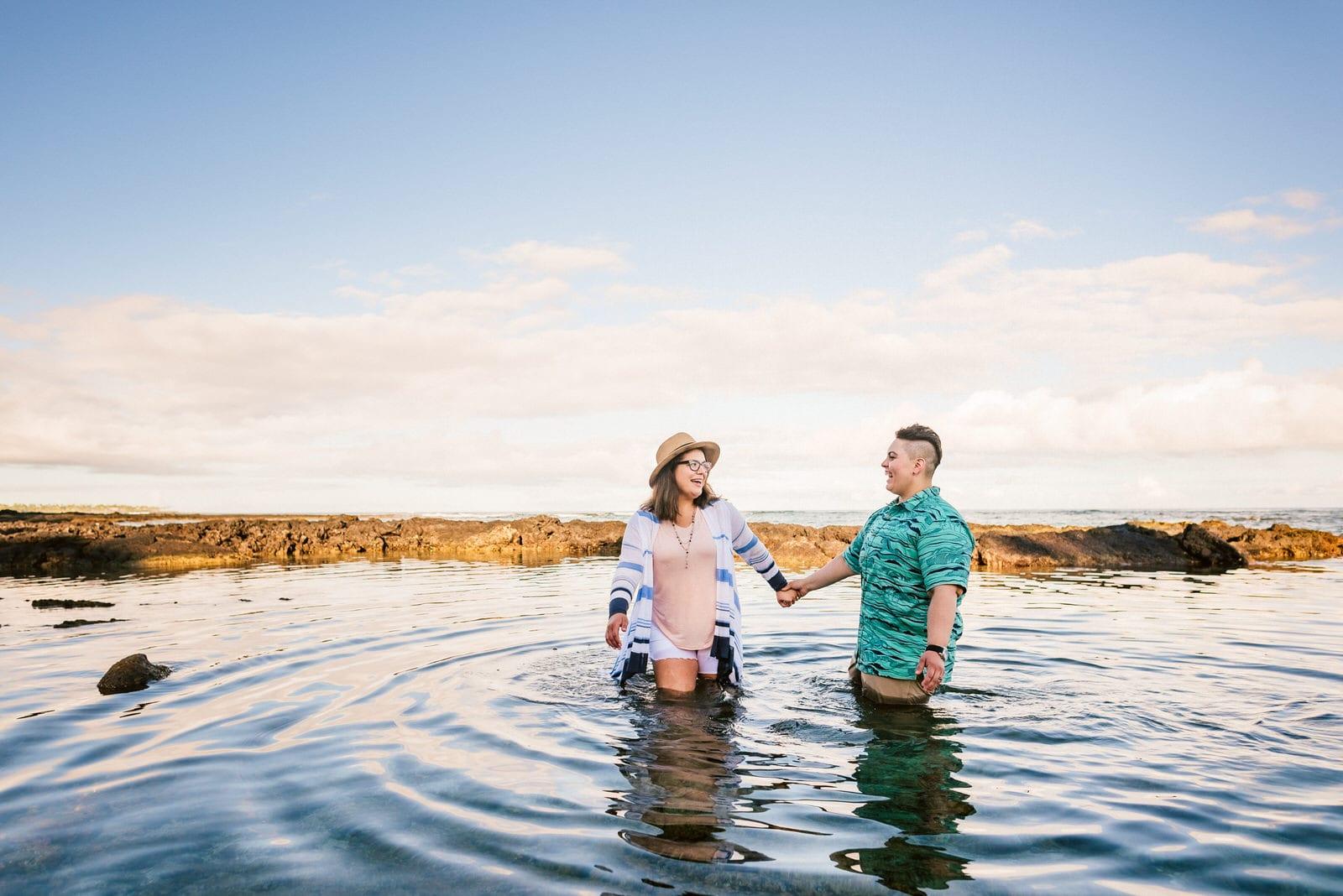 hawaii-photographer-lgbt-sunrise-honeymoon-32.jpg
