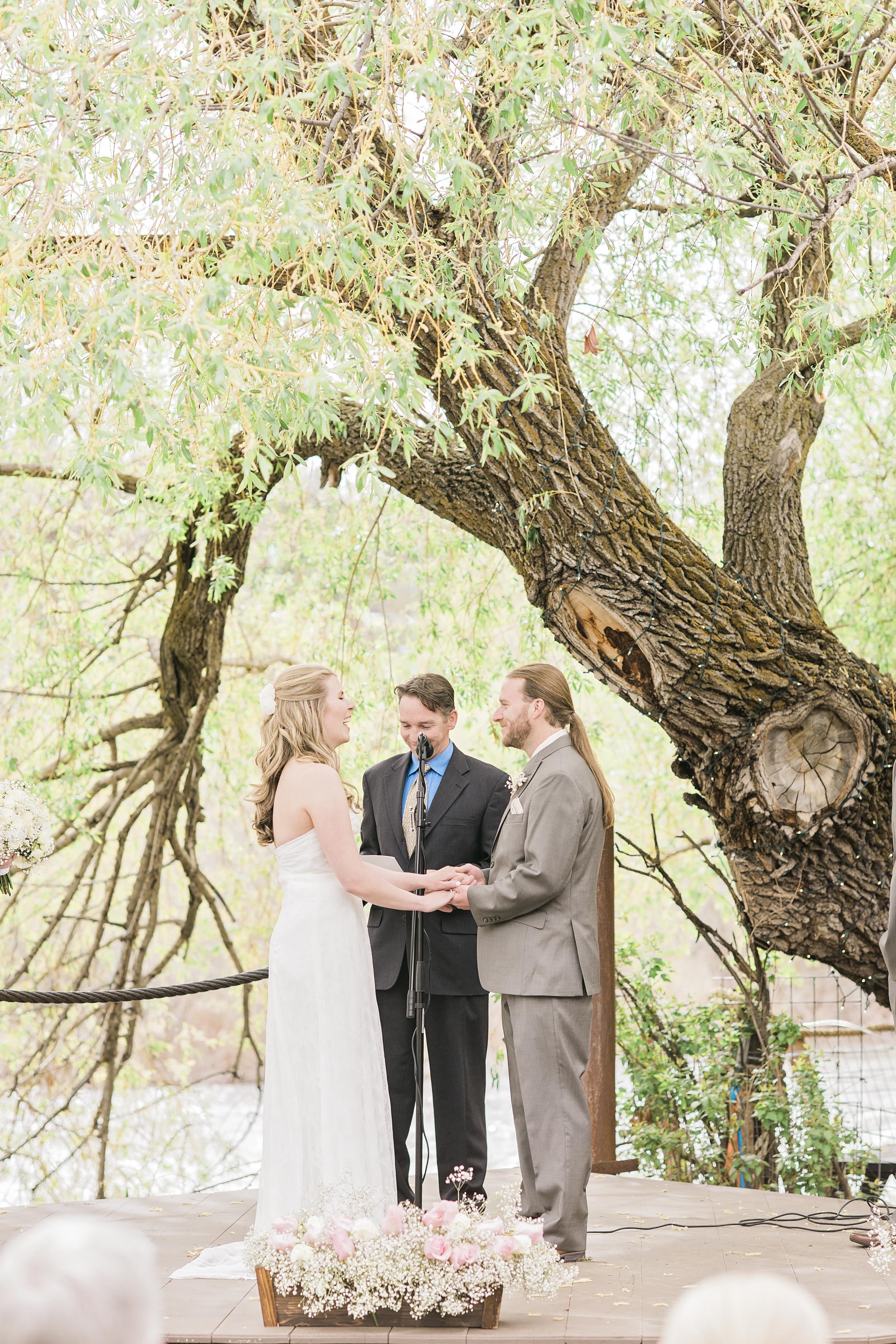 Brandon&Jackie_Wedding_Photos50917.jpg
