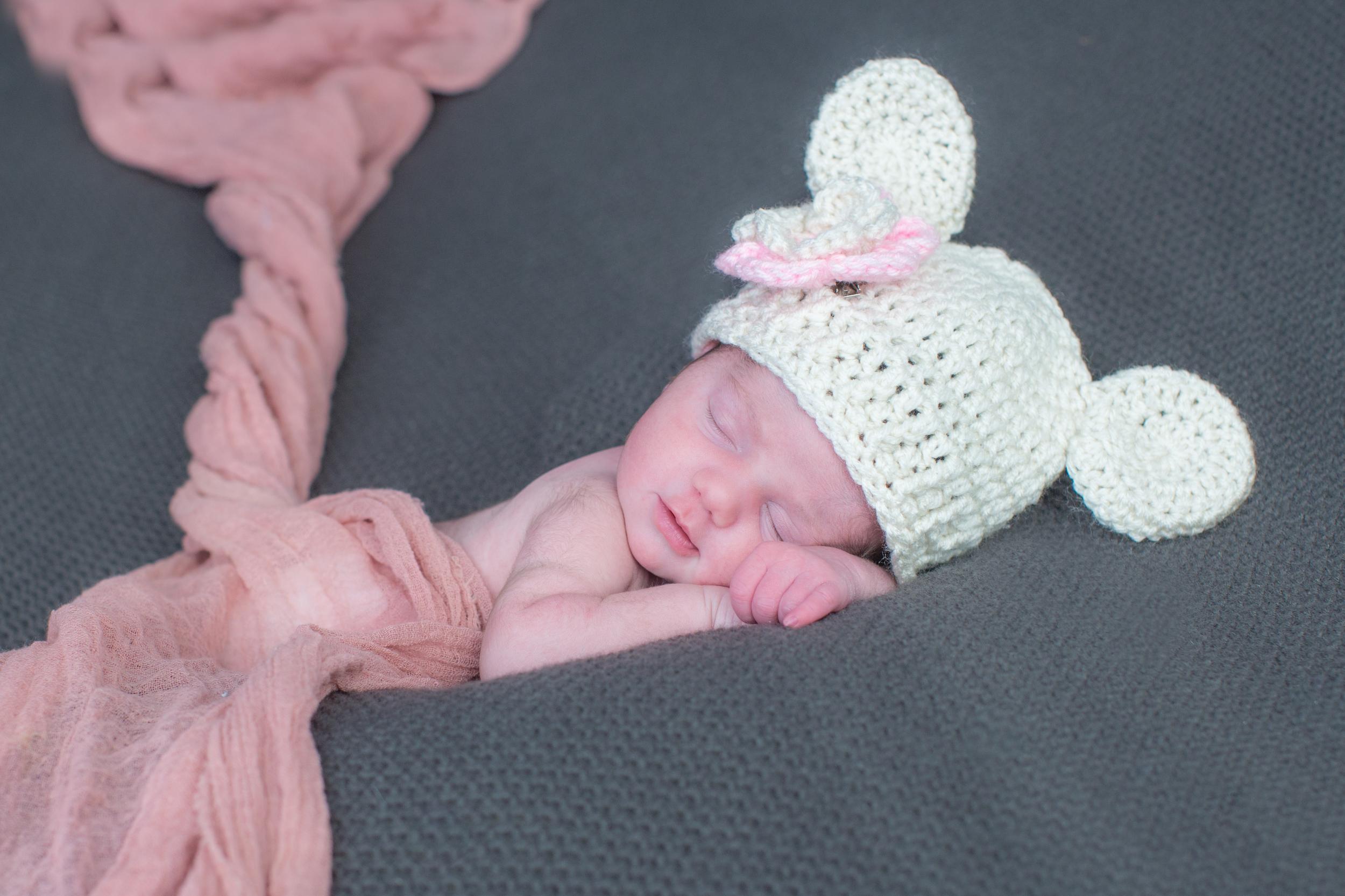 newborn baby cute hat pink .jpg