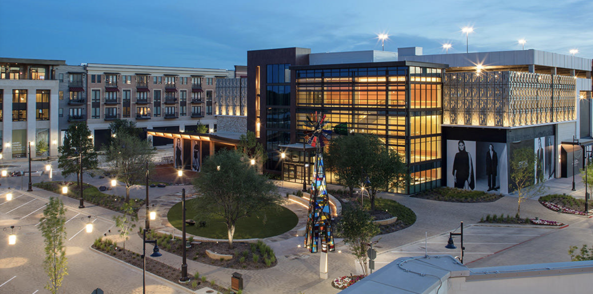 Clearfork - Clearfork is Fort Worth's lifestyle destination and home to premiere shops, restaurants, and entertainment. Clearfork is the perfect spot if you're wanting a modern and bright look in the background of your photographs.