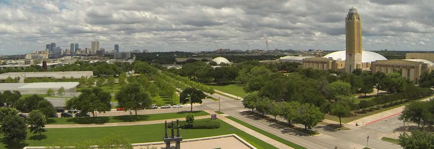 Cultural District - Home to the Kimbell Art Museum, Amon Carter Museum, and Will Rogers Coliseum, the Cultural District is colorful, features gorgeous landscaping and beautiful architecture.