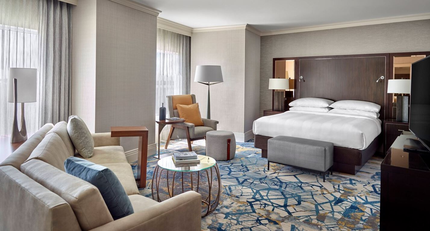MARRIOTT-ATLANTA GATEWAY-PRESIDENTIAL SUITE BR.JPG