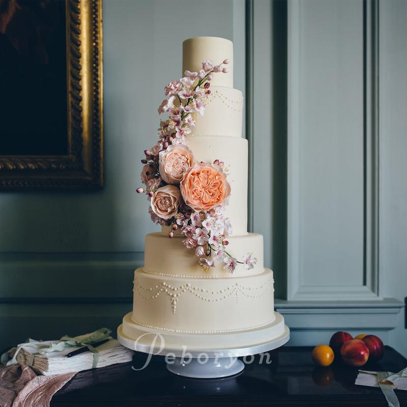 170426-peboryon-wedding-cake-collection-boconnoc-juliette-rose-sugar-flower-ivory-peach.jpg