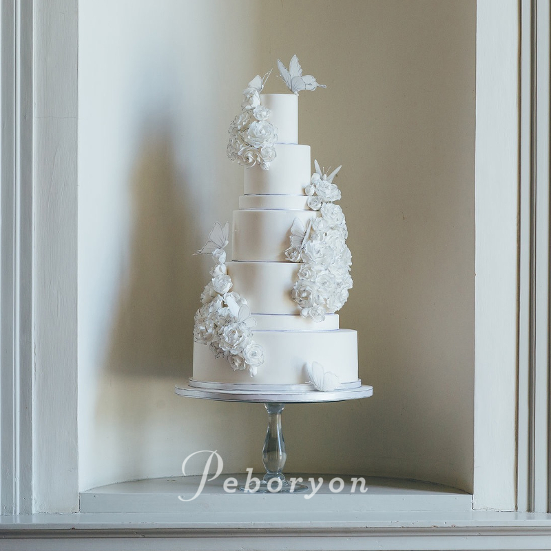 170426-wedding-cake-collection-boconnoc-sketch-cake-sugar-flowers-white-butterflies.jpg