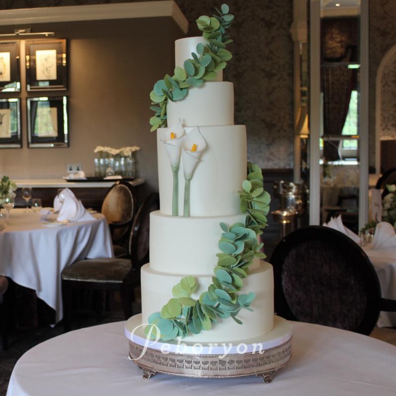 2018-Peboryon-Cornwall-London-Luxury-Wedding-Cake-Bovey-Castle-Sugar-Flowers-Eucalyptus-Cake-Makers-Channel-4.jpg