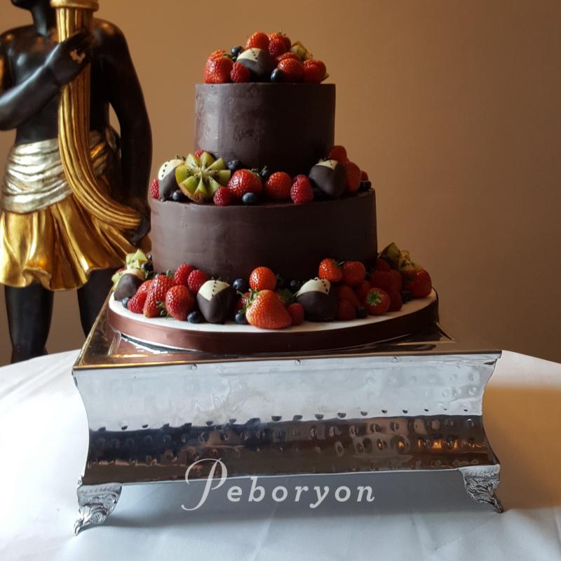 2018-Peboryon-Cornwall-London-Luxury-Wedding-Cake-Tresanton-Hotel-Dark-Chocolate-Ganache-Fresh-Fruit-Extreme-Cake-Makers-Channel-4.jpg