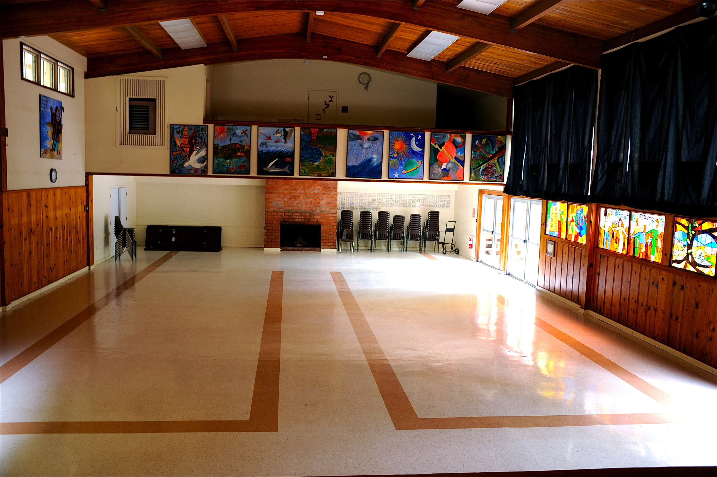 Camp Hess Kramer Large Meeting hall.JPG