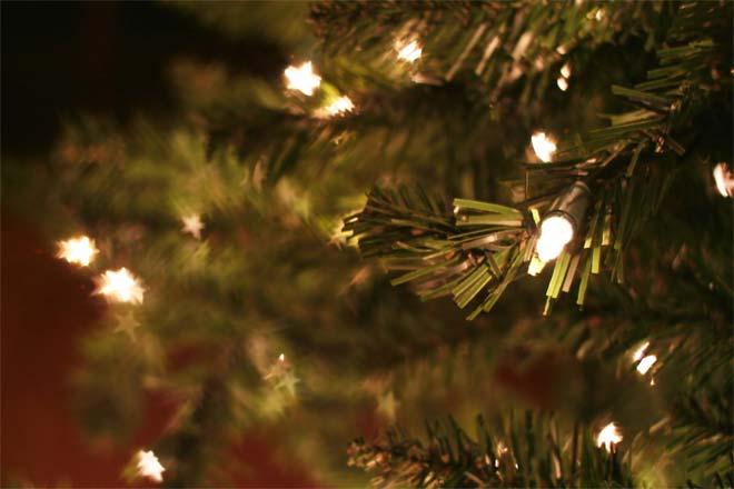 artificial-christmas-tree--1.jpg