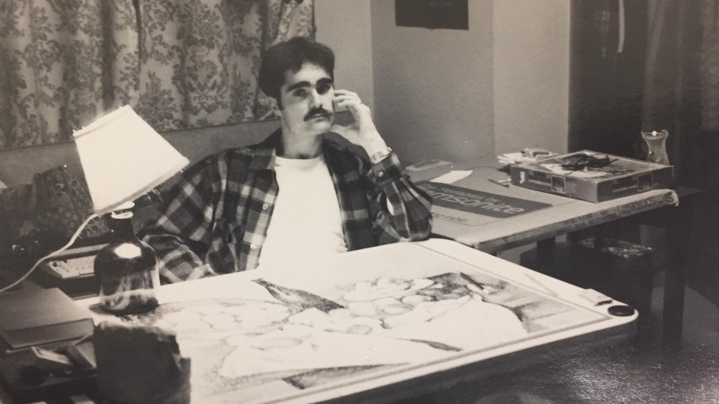 Serious+Steve+at+desk.jpg