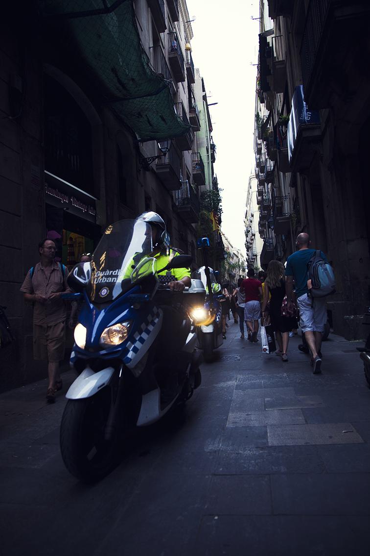 a tentativa de assalto a um hotel na Rambla que deixou Barça parecendo o Rio. principal notícia de crime em não sei quantos anos. uma homenagem à chegada do carioca.