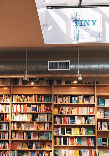 bookcourt(t)(01).jpg
