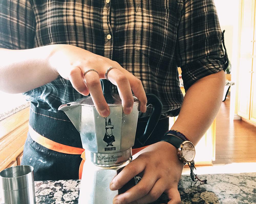 self-coffee-bialetti-04.jpg
