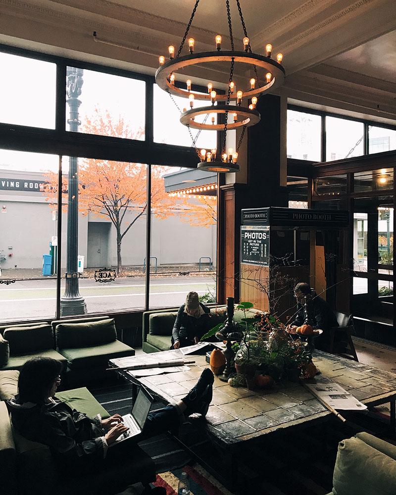 acehotel-lobby-01.jpg