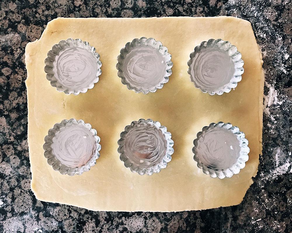 eggtart-08-tartpans.jpg