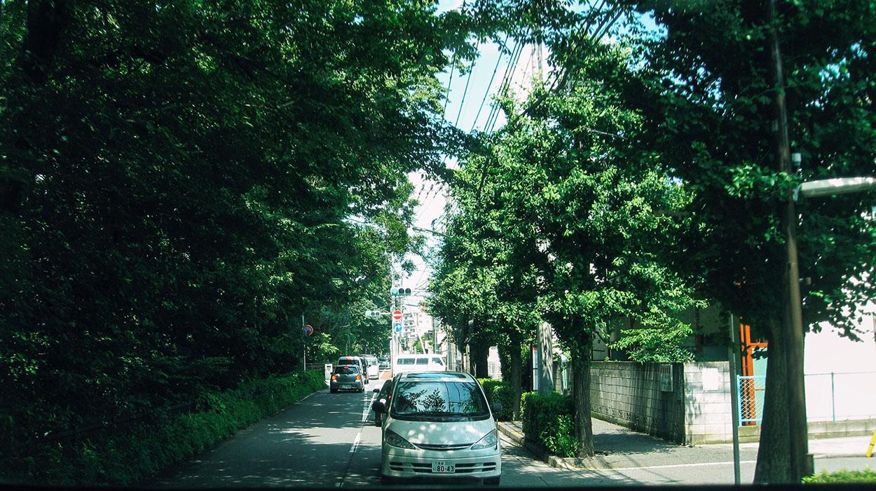 tokyo-car.jpg