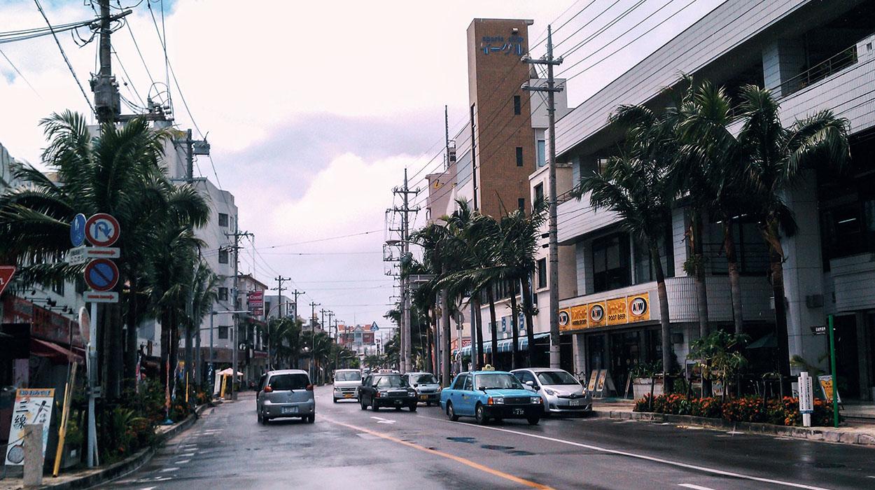 ishigaki-citystreet.jpg
