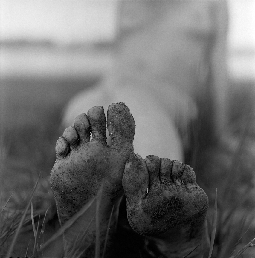 Dirty feet aren't uncommon around these parts...