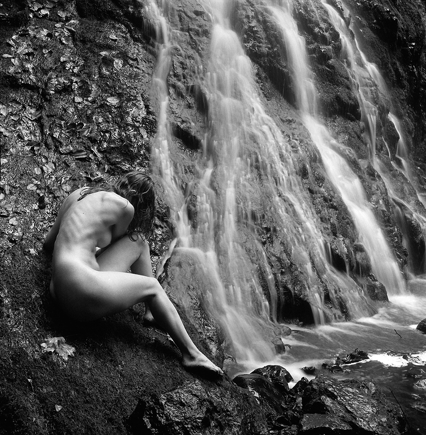 waterfallnude