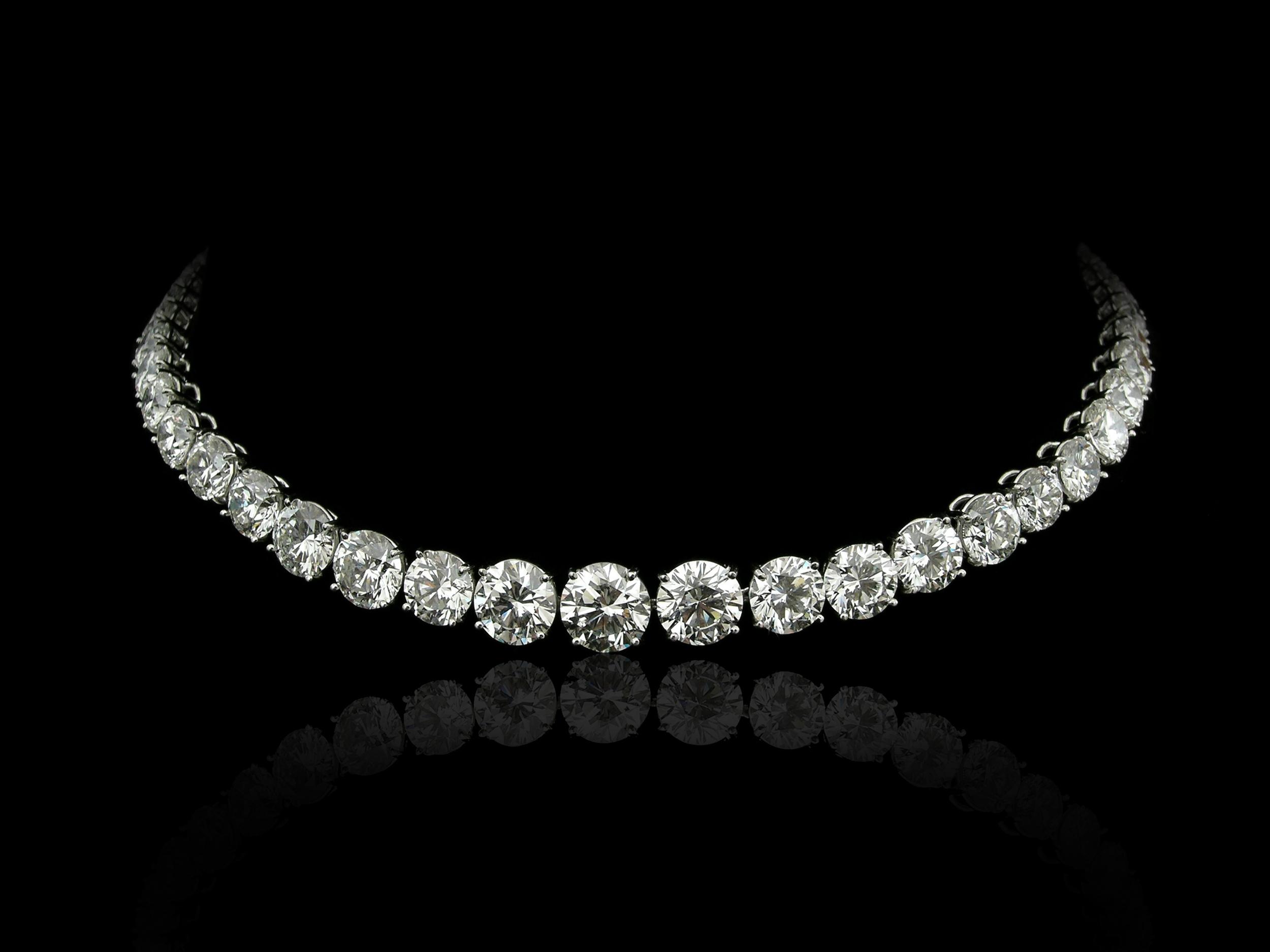 A Fine Selection of Diamonds & Gemstones