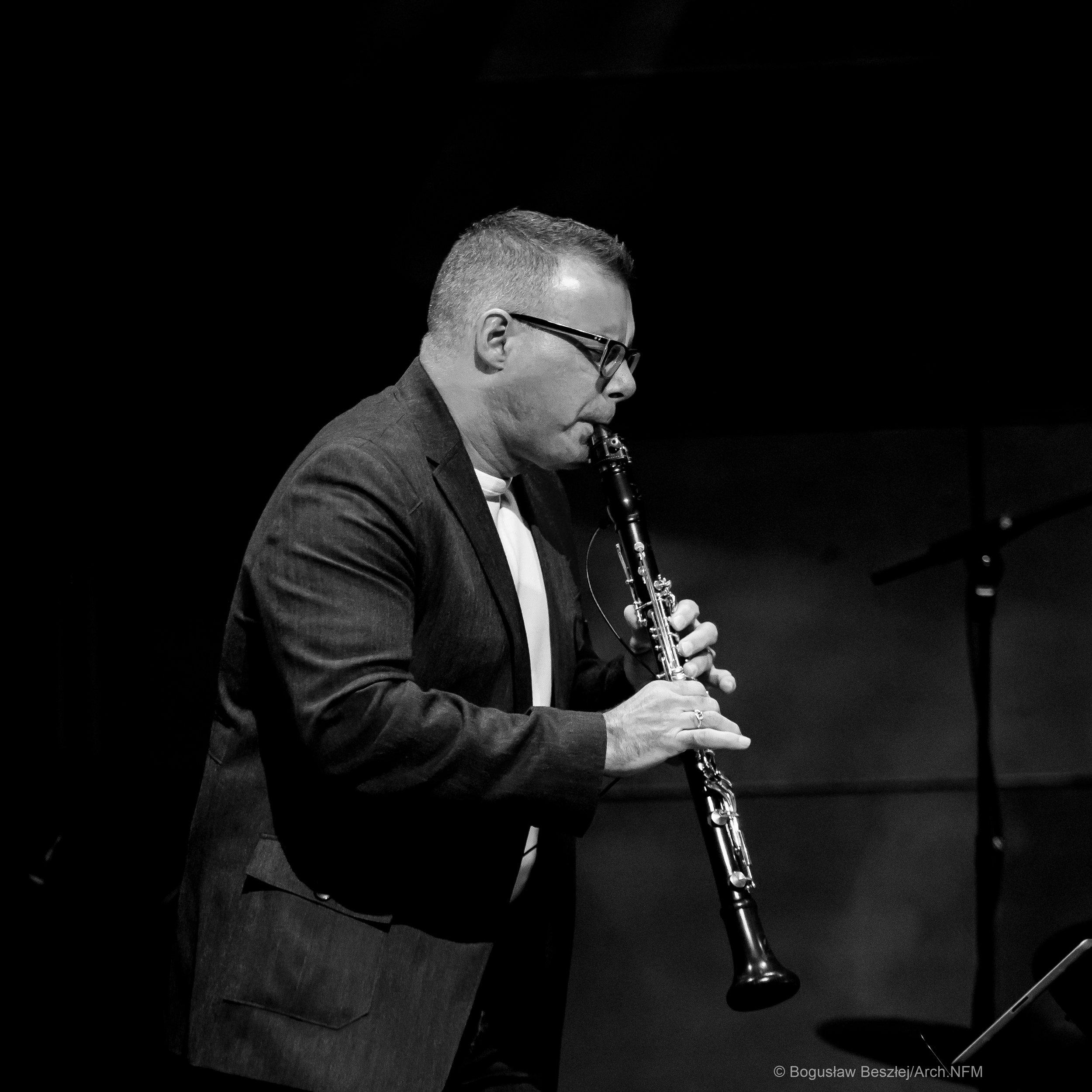 François Houle - clarinet/electronics