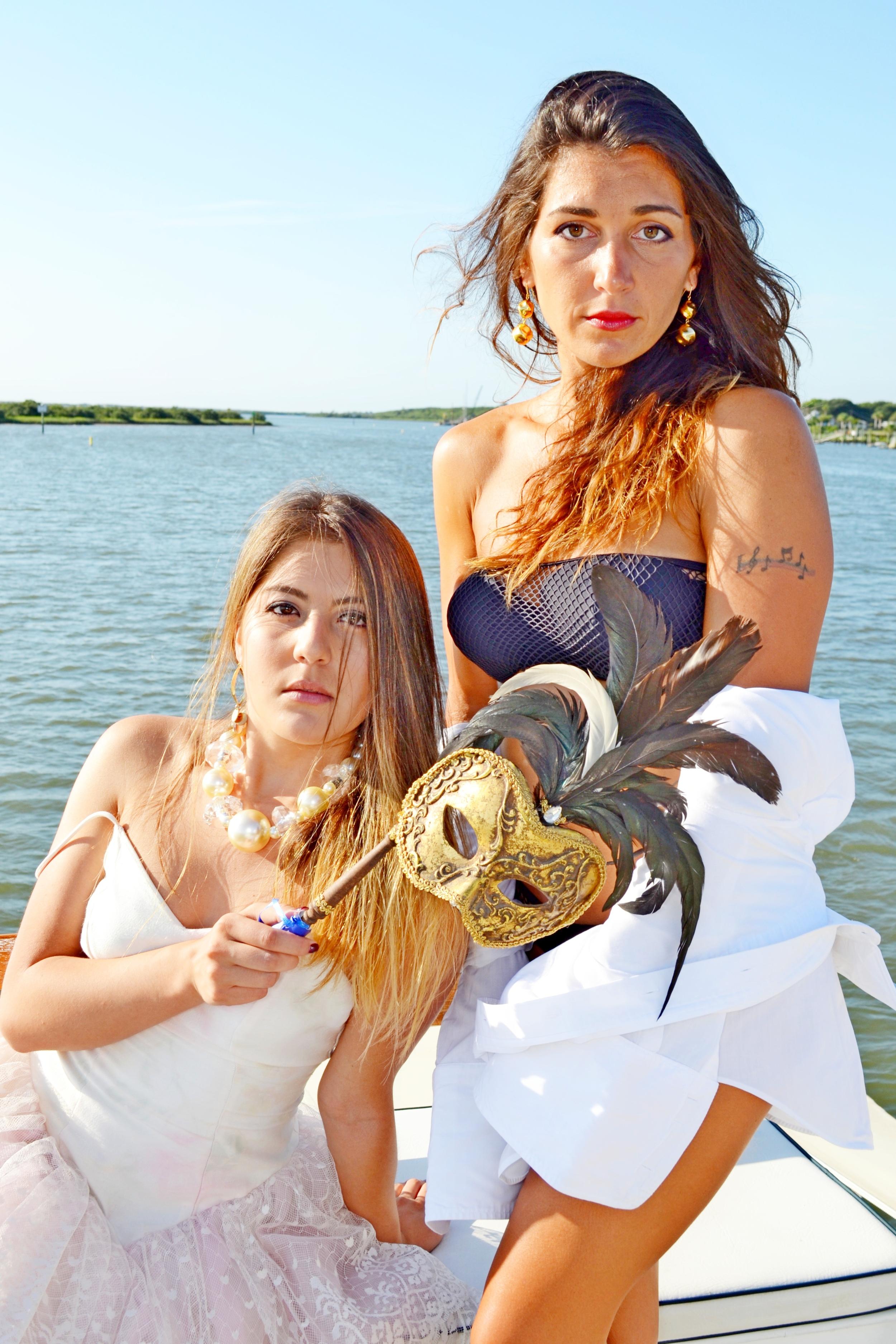 Camila & Erica.jpg