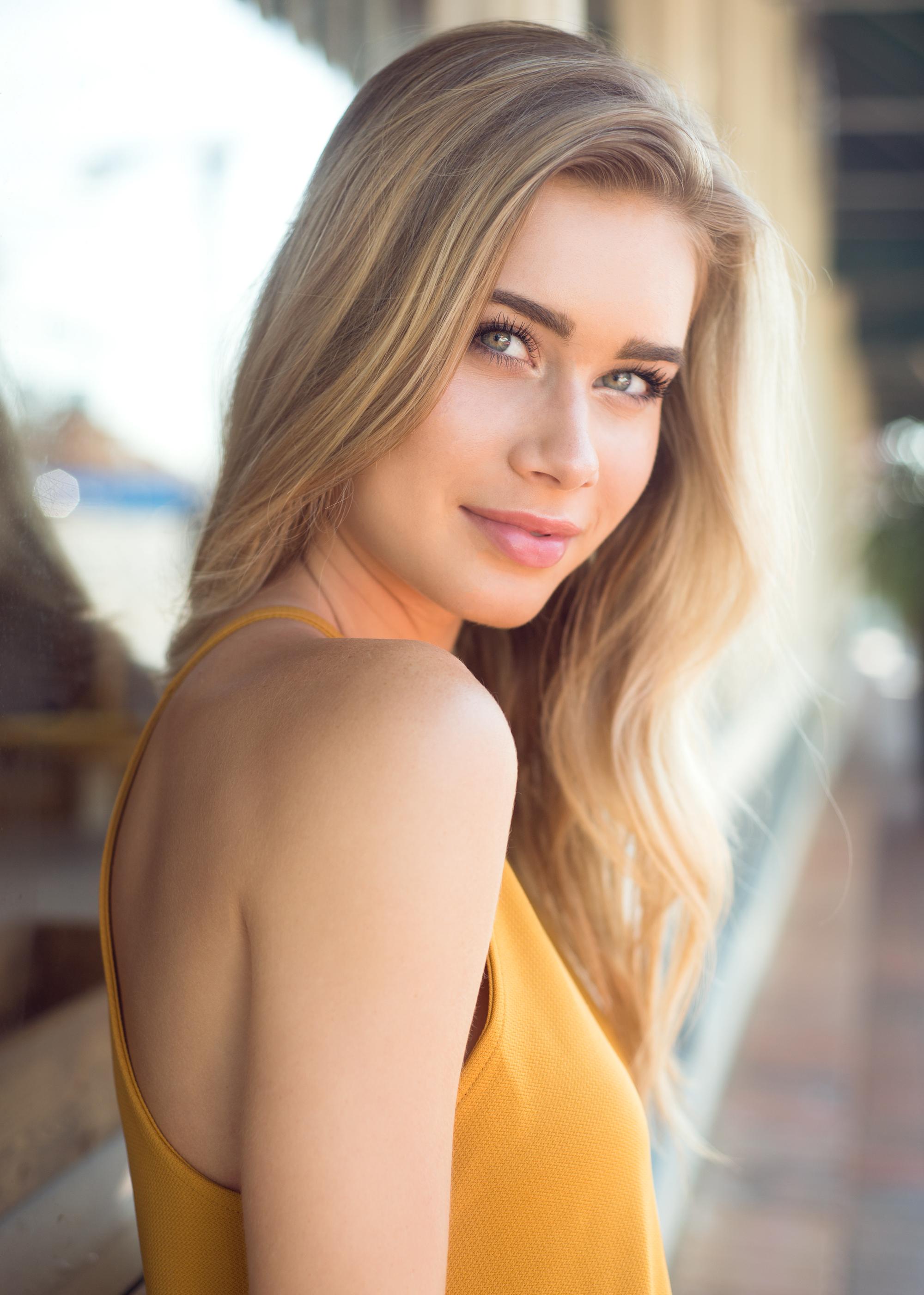 Model: Lydia Brooks  Agency: Ursula Wiedmann Models & NEXT Miami